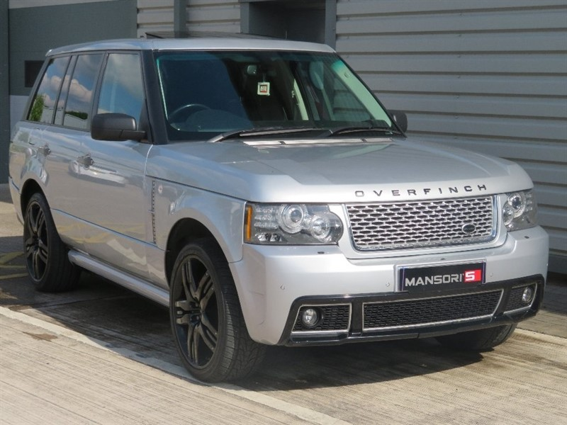used Land Rover Range Rover TD V8 Vogue 5dr in cheshire