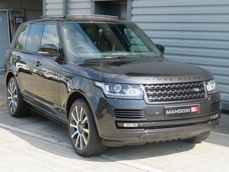 used Land Rover Range Rover SD V8 Vogue SE 4x4 5dr in cheshire