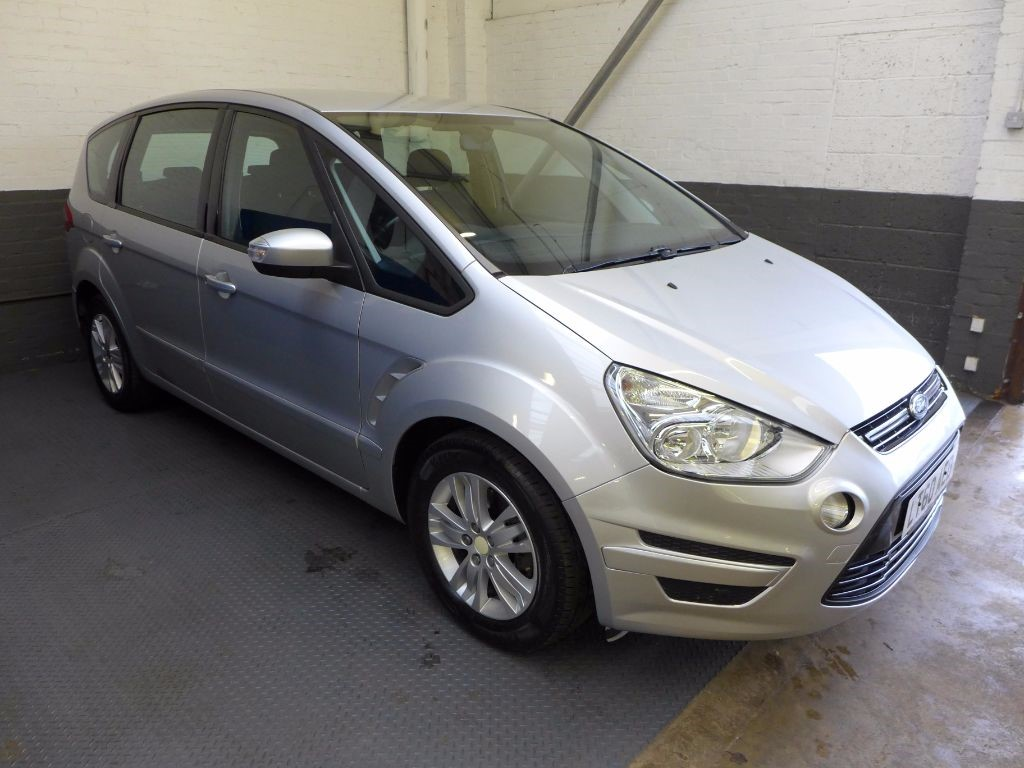 used Ford S-Max ZETEC TDCI in leighton-bedfordshire
