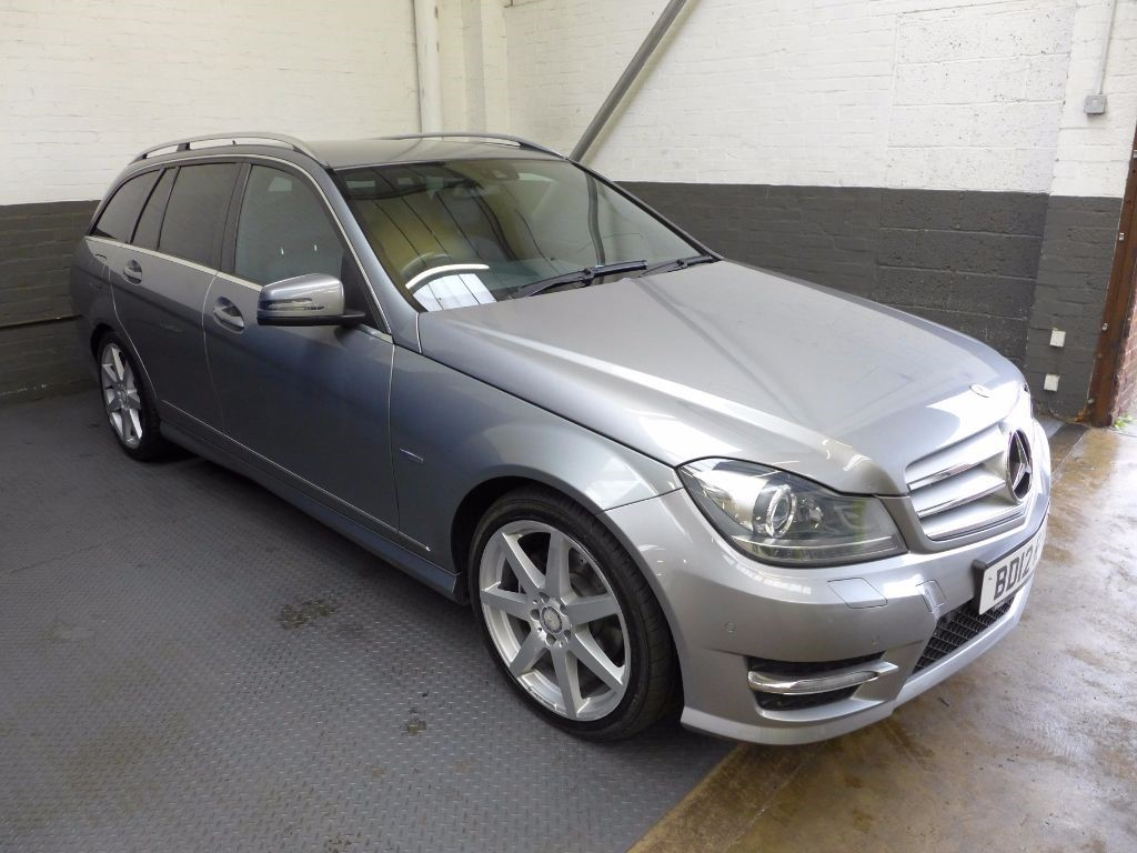used Mercedes C220 CDI BLUEEFFICIENCY SPORT in leighton-bedfordshire