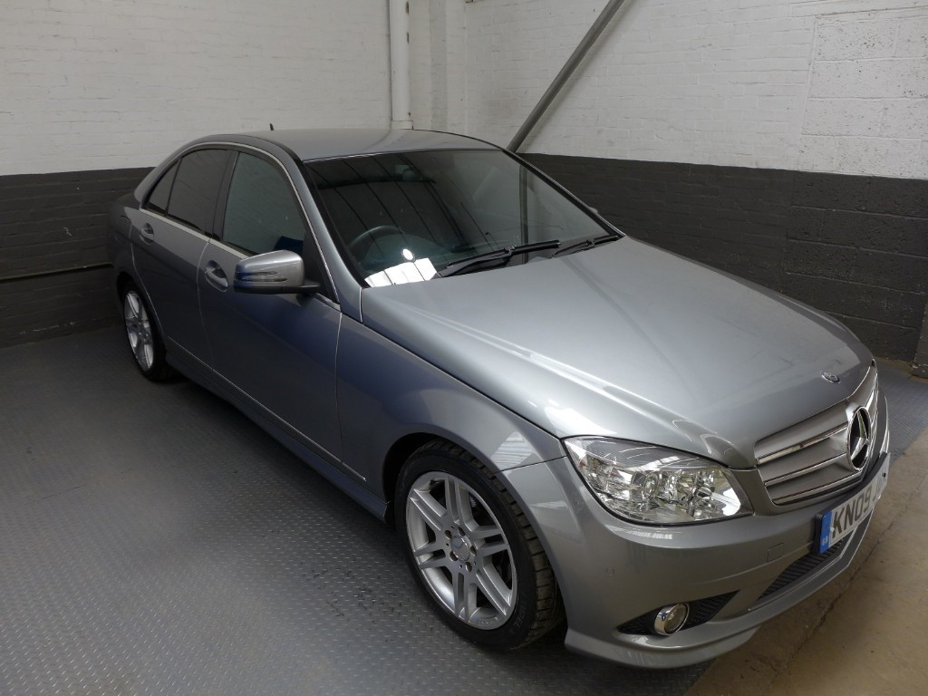 used Mercedes C220 CDI SPORT in leighton-bedfordshire