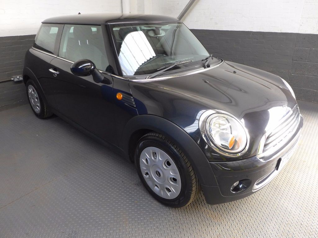 used MINI Hatch ONE in leighton-bedfordshire