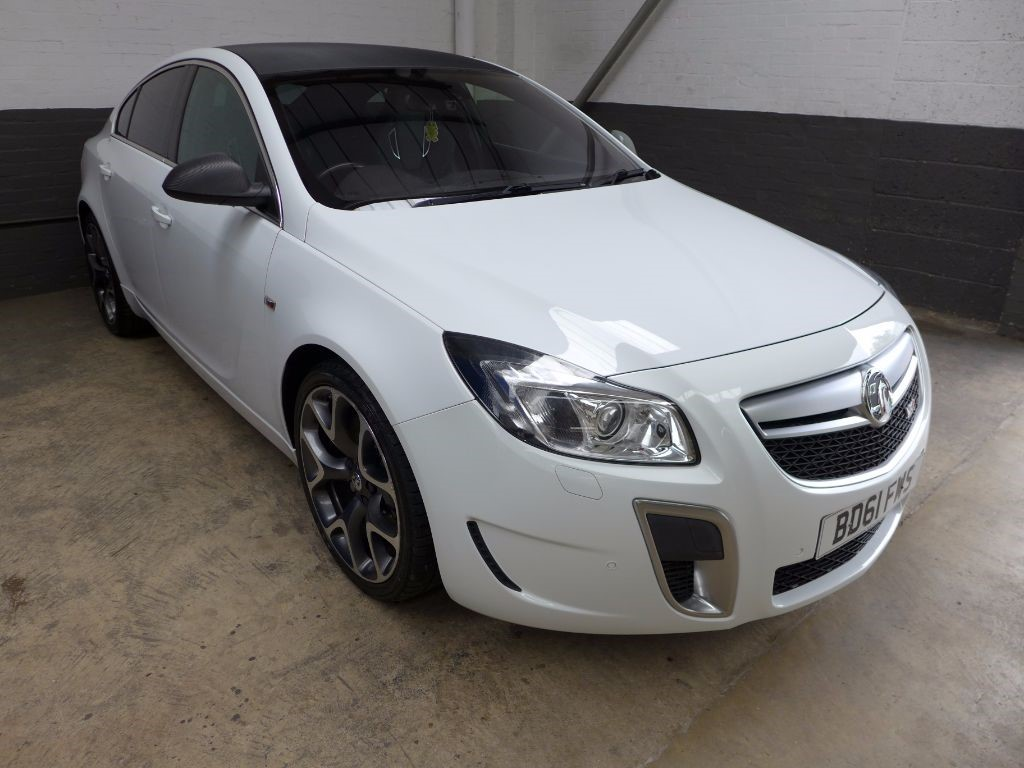 used Vauxhall Insignia VXR TURBO 4X4 in leighton-bedfordshire