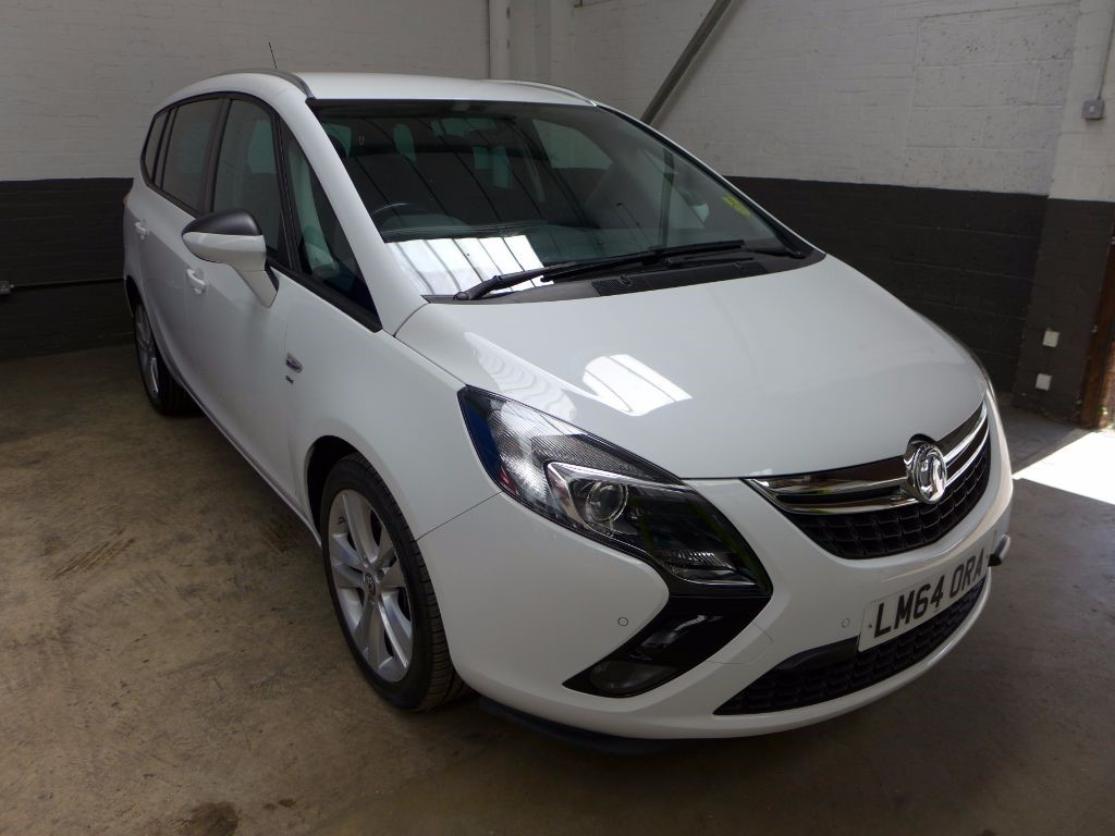 used Vauxhall Zafira Tourer SRI CDTI in leighton-bedfordshire