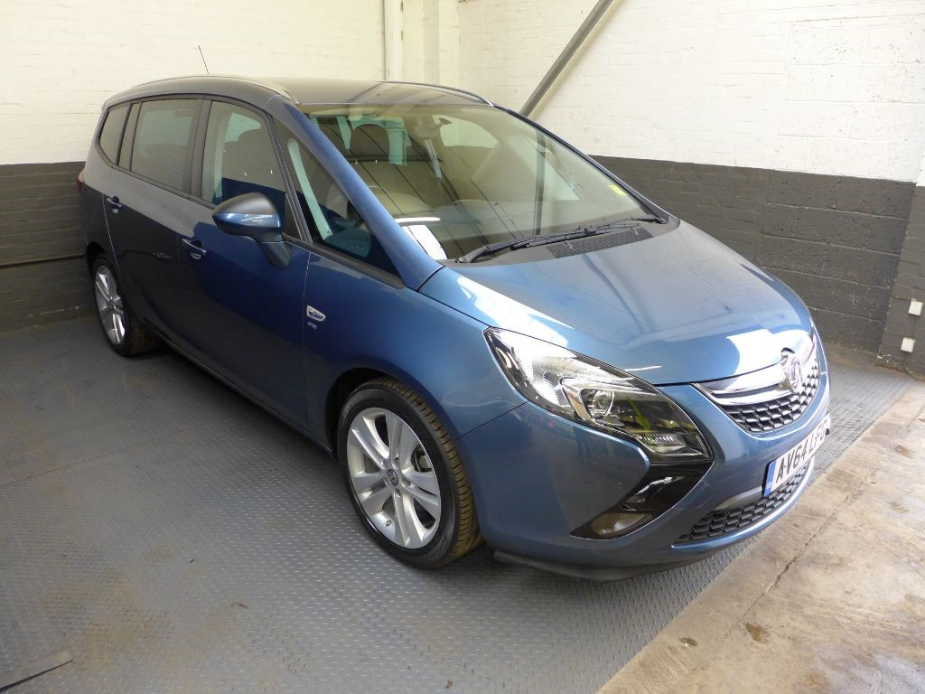 used Vauxhall Zafira Tourer SRI in leighton-bedfordshire