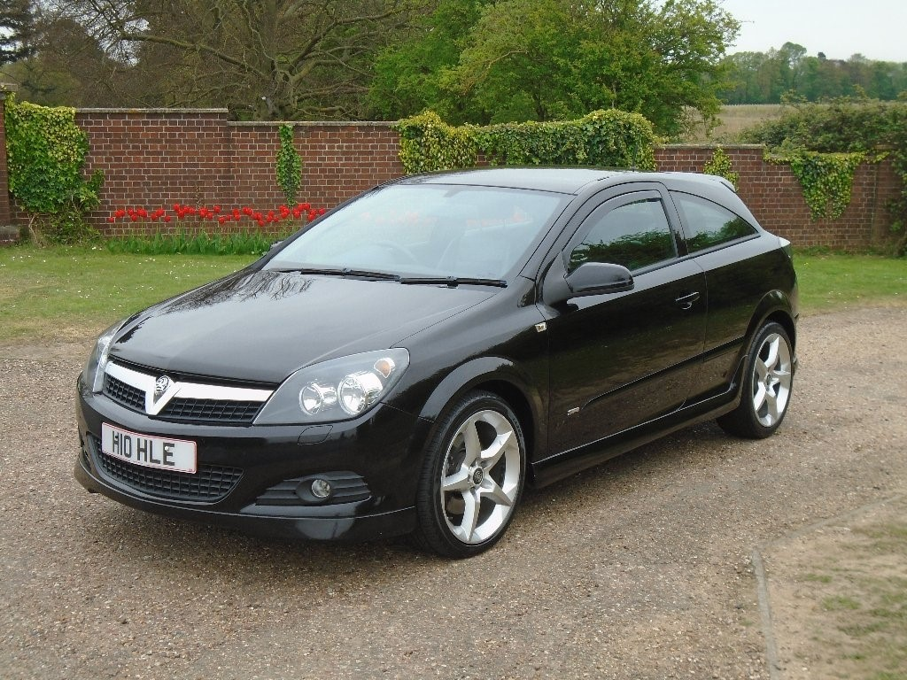 vauxhall astra in wickham bishops essex compucars. Black Bedroom Furniture Sets. Home Design Ideas