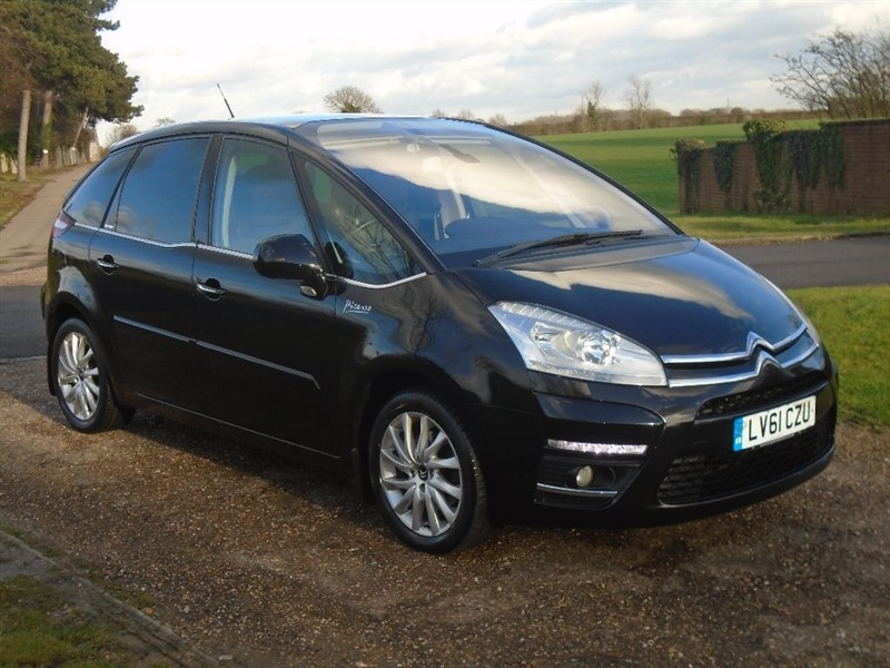 used Citroen C4 Picasso HDi Exclusive 5dr in wickham-bishops-essex