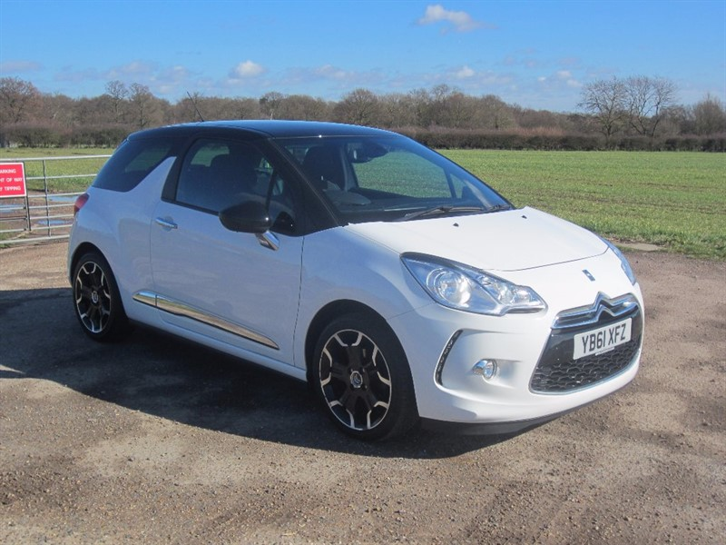 used Citroen DS3 e-HDi Airdream DStyle Plus 3dr in wickham-bishops-essex
