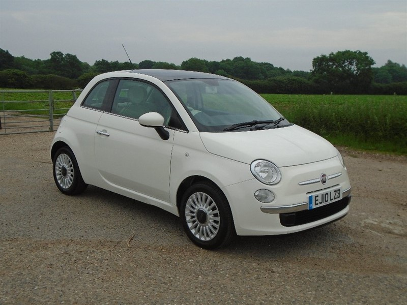 used Fiat 500 1.2 Lounge 3dr in wickham-bishops-essex