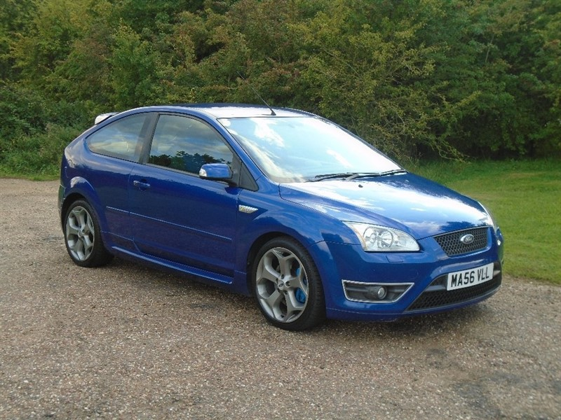 used Ford Focus SIV ST-2 3dr in wickham-bishops-essex