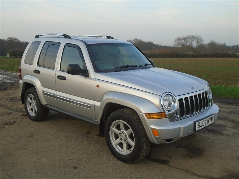 used Jeep Cherokee TD Limited 4x4 5dr in wickham-bishops-essex