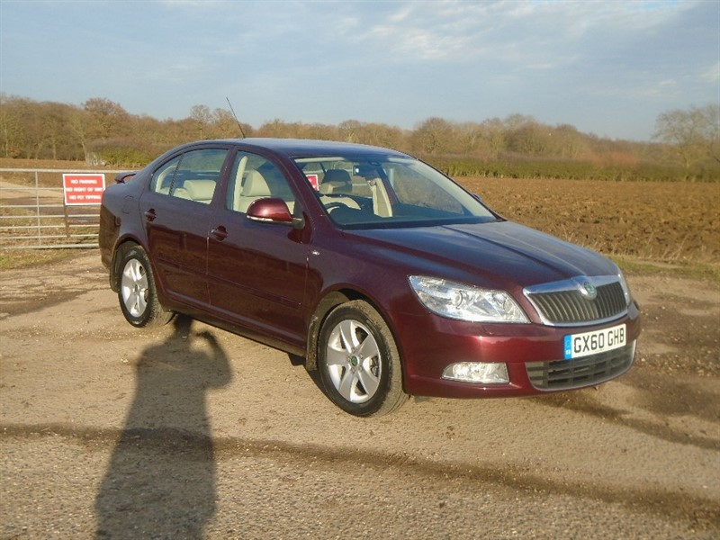 used Skoda Octavia TDI CR Elegance DSG 5dr in wickham-bishops-essex