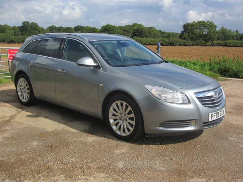 used Vauxhall Insignia CDTi 16v SE 5dr in wickham-bishops-essex