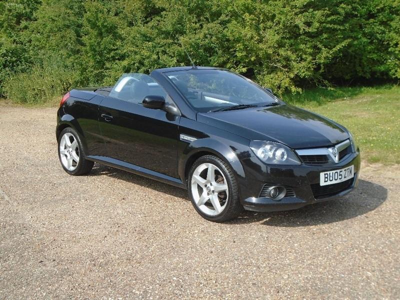 used Vauxhall Tigra i 16v Sport 2dr in wickham-bishops-essex