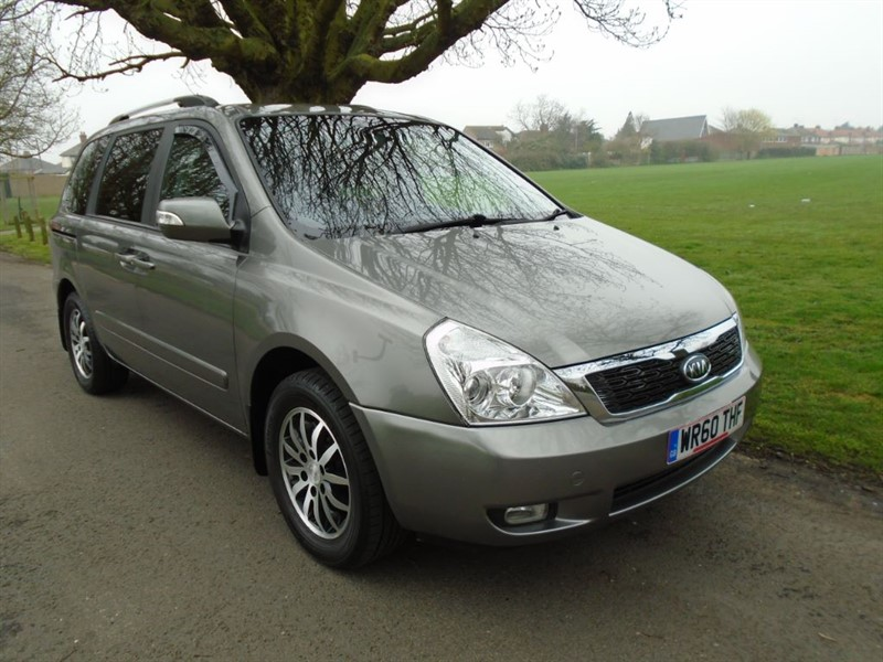 used Kia Sedona 3 CRDI in witham-essex
