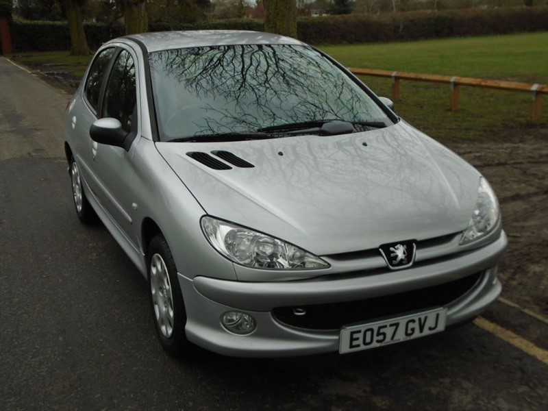used Peugeot 206 LOOK in witham-essex