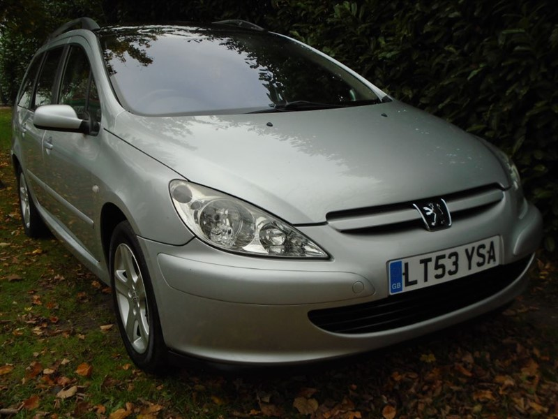 used Peugeot 307 SW SE in witham-essex