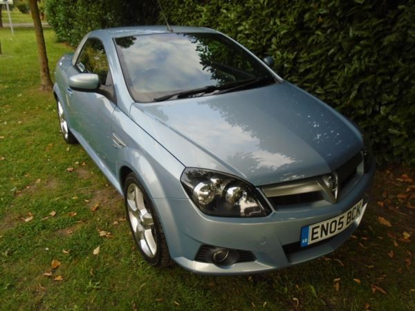 used Vauxhall Tigra Sport 16v in witham-essex