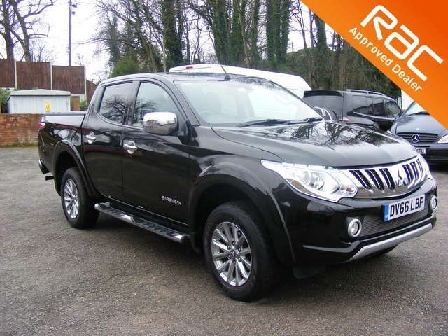 used Mitsubishi L200 DI-D 4X4 BARBARIAN DCB AUTOMATIC TOP OF THE RANGE in nottinghamshire