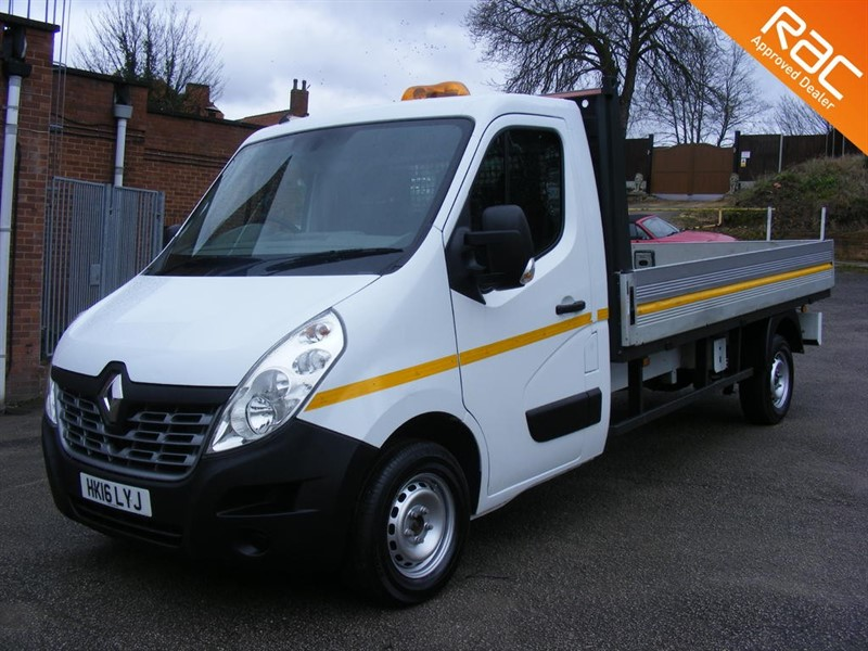 used Renault Master LL35 BUSINESS DCI L/R C/C 2.3 Business Dropside Truck (FWD) 2dr in nottinghamshire