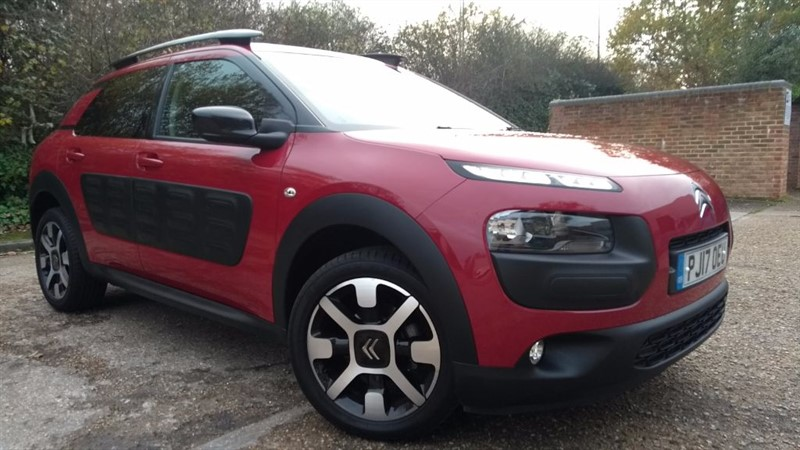 used Citroen C4 Cactus PURETECH FLAIR in hampshire