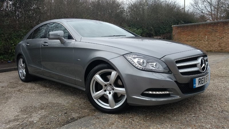 used Mercedes CLS350 CDI CLS350 CDI BLUEEFFICIENCY PLUS in hampshire