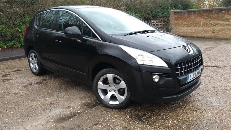 used Peugeot 3008 E-HDI ACTIVE in hampshire