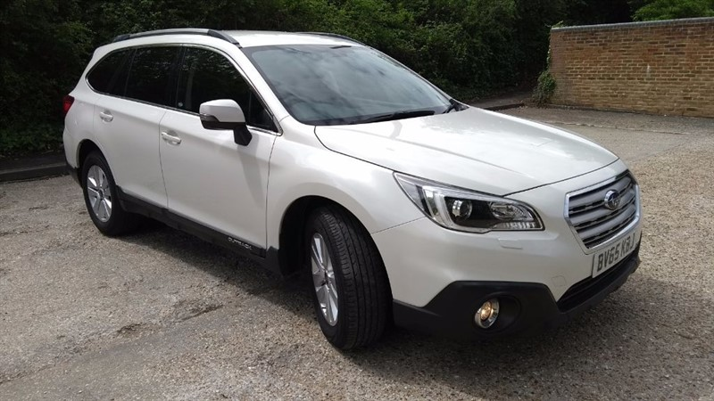 used Subaru Outback D SE in hampshire