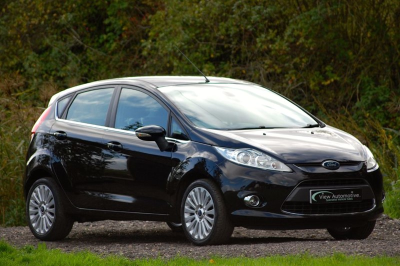 used Ford Fiesta 1.6 TITANIUM 5 DOOR in essex