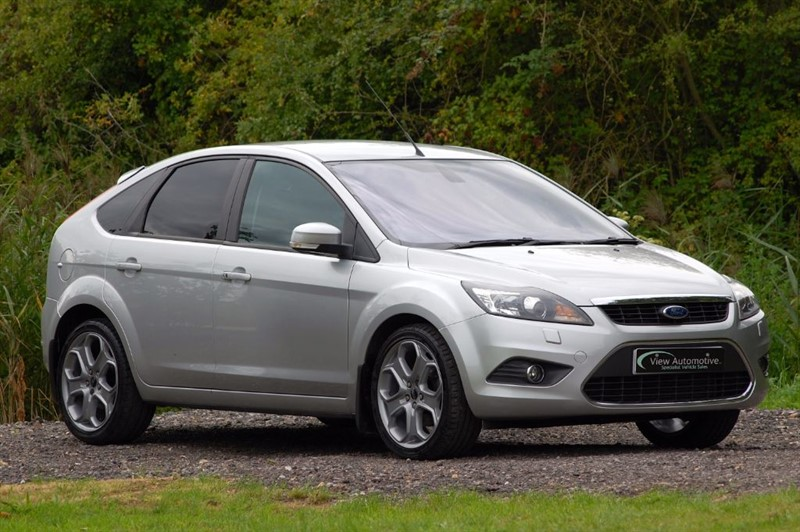 used Ford Focus 2010/10 TITANIUM 2.0TDCI AUTO 5 DOOR in essex