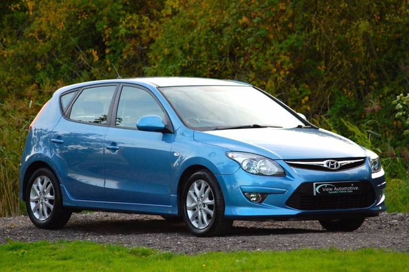 used Hyundai i30 2011/11 i30 COMFORT in essex