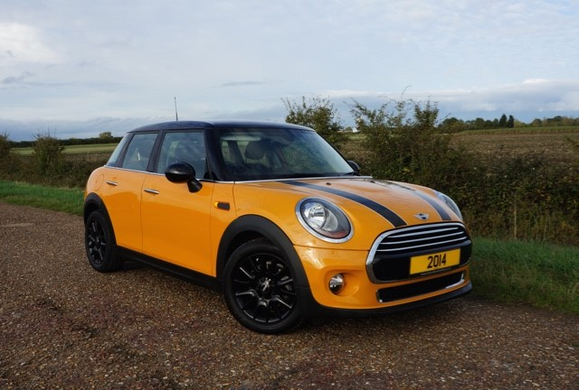 used MINI Hatch COOPER in cambridge
