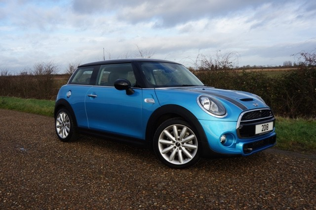 used MINI  COOPER S in cambridge
