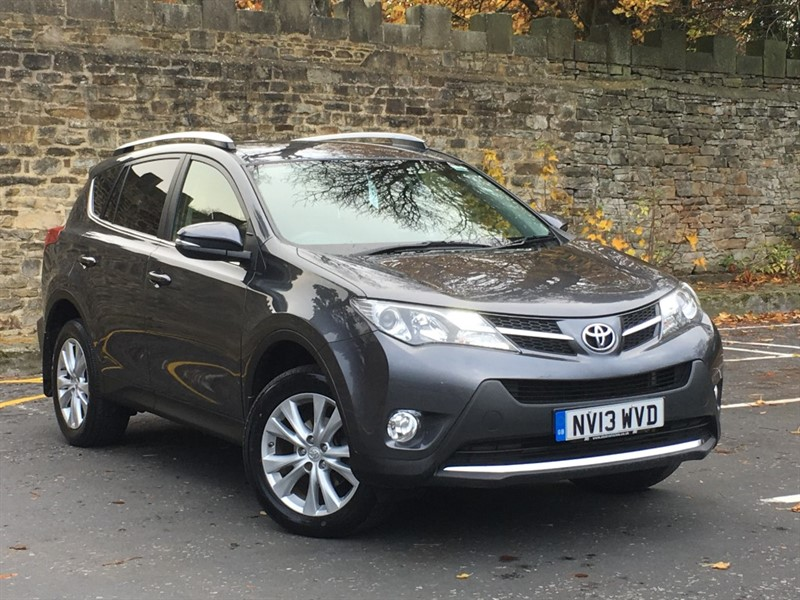 used Toyota RAV4 D-4D INVINCIBLE AWD in skipton-north-yorkshire
