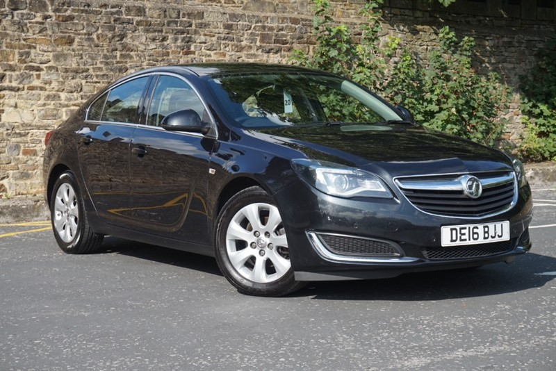 used Vauxhall Insignia TECH LINE CDTI ECOFLEX S/S in skipton-north-yorkshire
