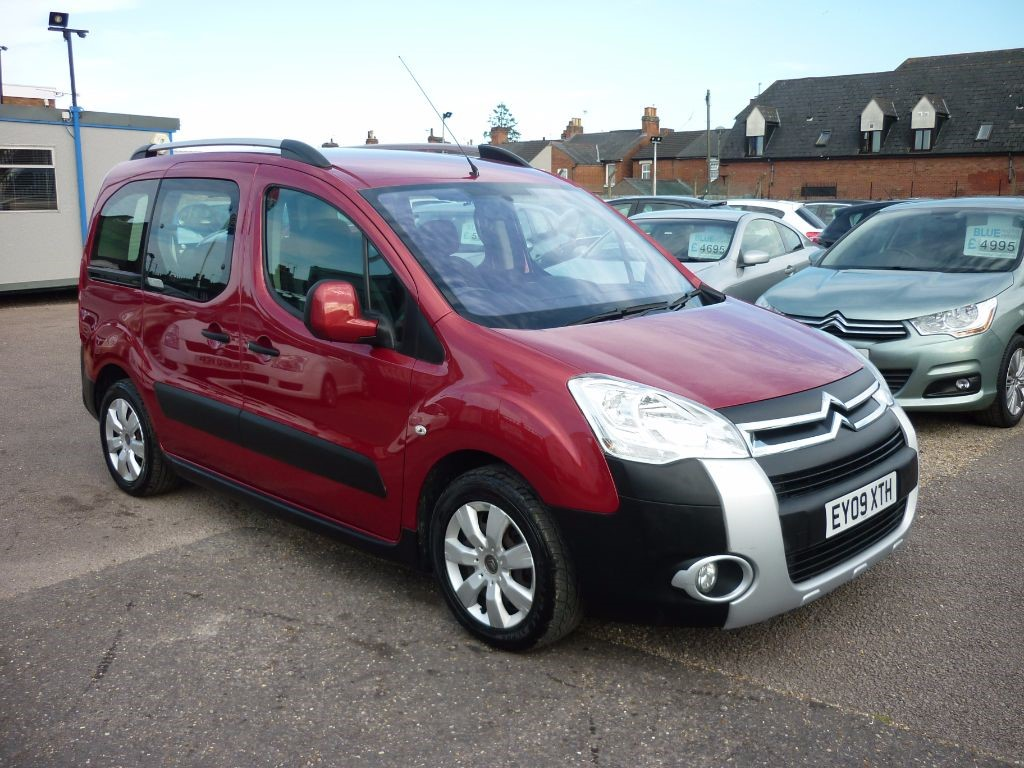 used Citroen Berlingo Multispace 1.6 XTR HDI in in-colchester