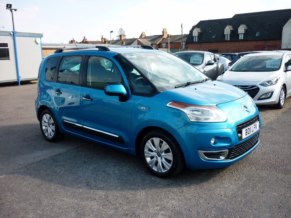 used Citroen C3 Picasso 1.6 Exclusive HDI in in-colchester