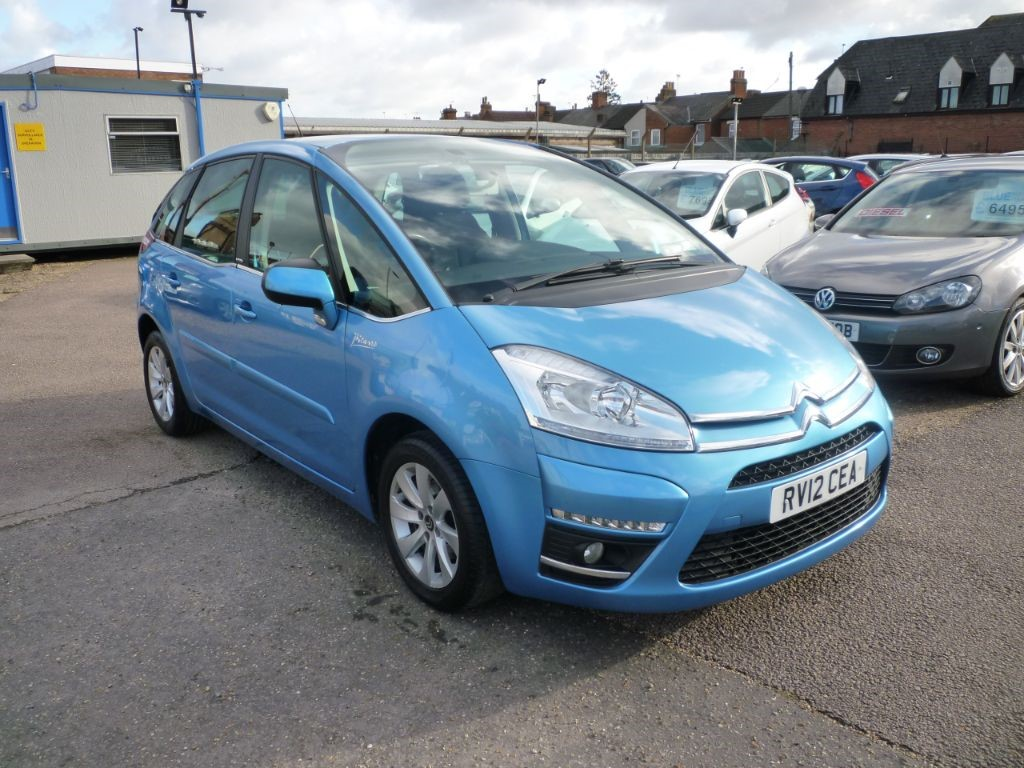used Citroen C4 Picasso 1.6 VTR Plus HDI 5STR in in-colchester-and-essex