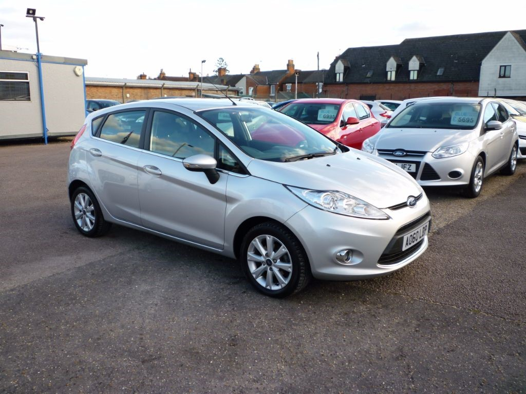 used Ford Fiesta 1.2 16v  Zetec 5Dr Alloys in in-colchester-and-essex