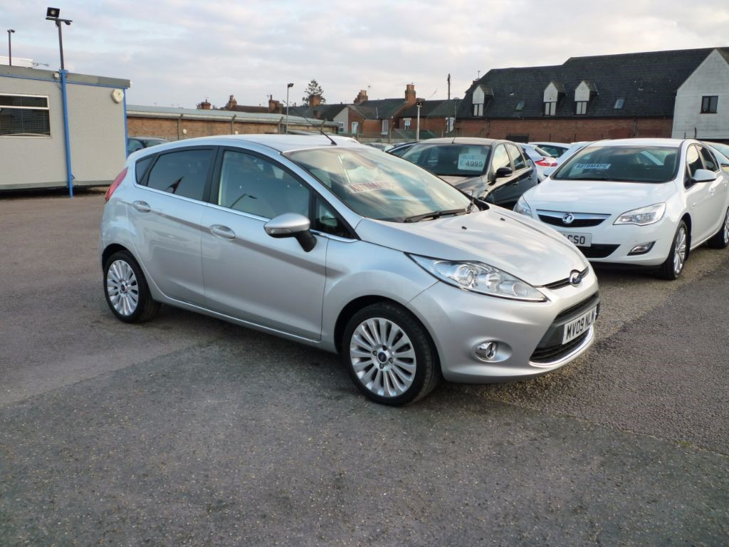 used Ford Fiesta 1.4 Titanium 5Dr Alloys in in-colchester-and-essex