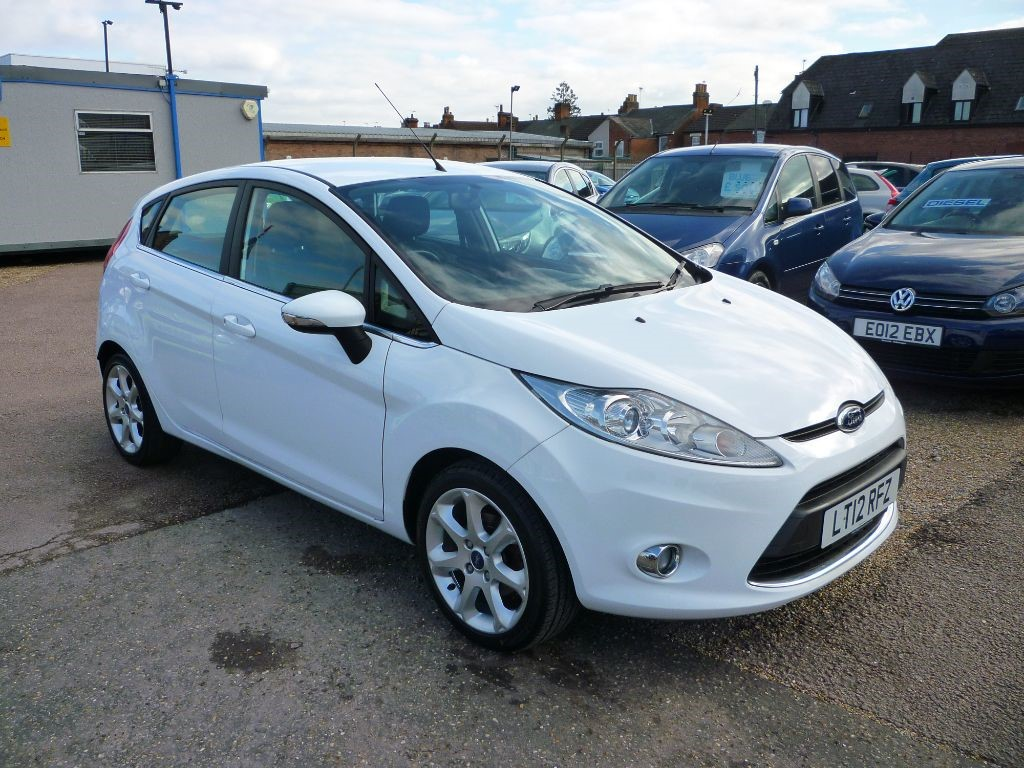 used Ford Fiesta 1.2 Zetec 5Dr Alloys in in-colchester-and-essex
