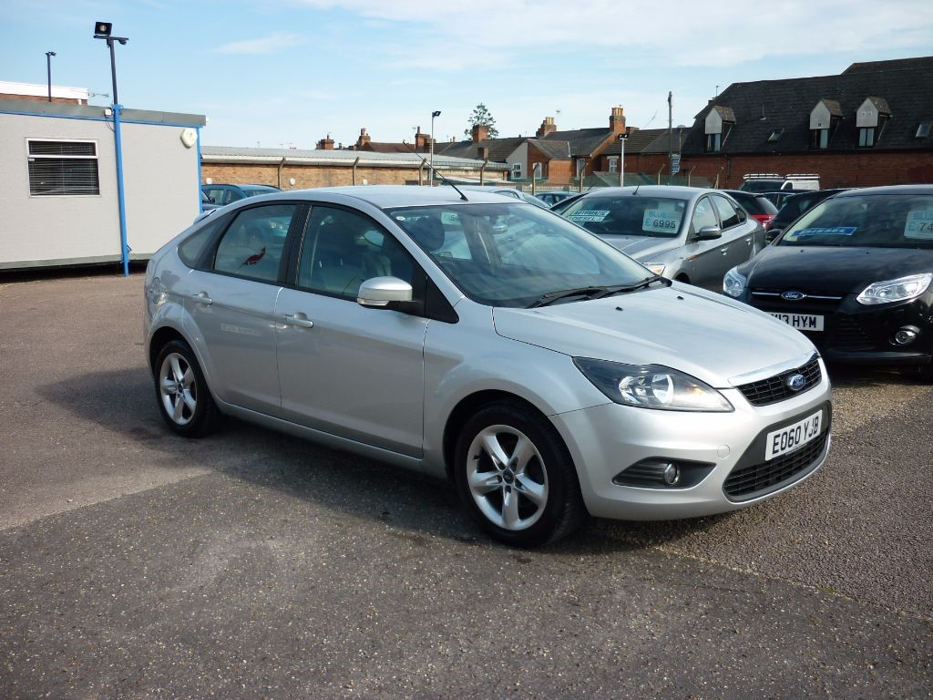 used Ford Focus 1.6 Zetec 5Dr Alloys in in-colchester