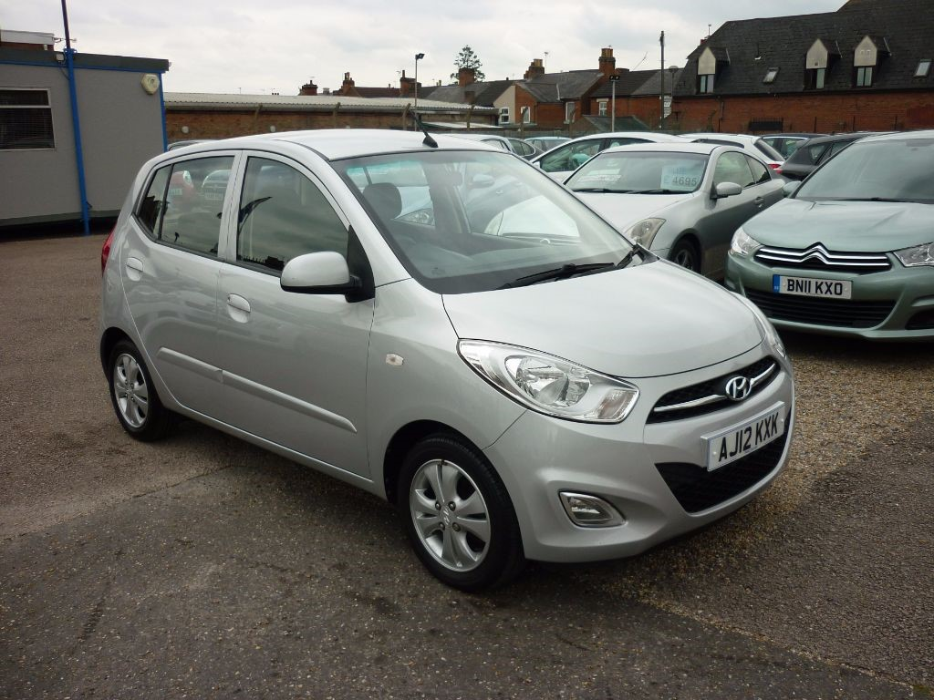 used Hyundai i10 1.2 Active 5Dr Alloys in in-colchester