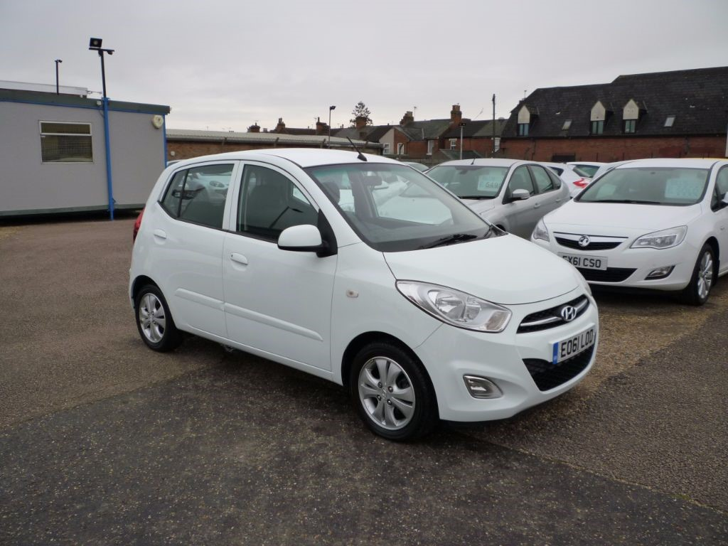 used Hyundai i10 1.2 Active 5Dr Alloys in in-colchester-and-essex