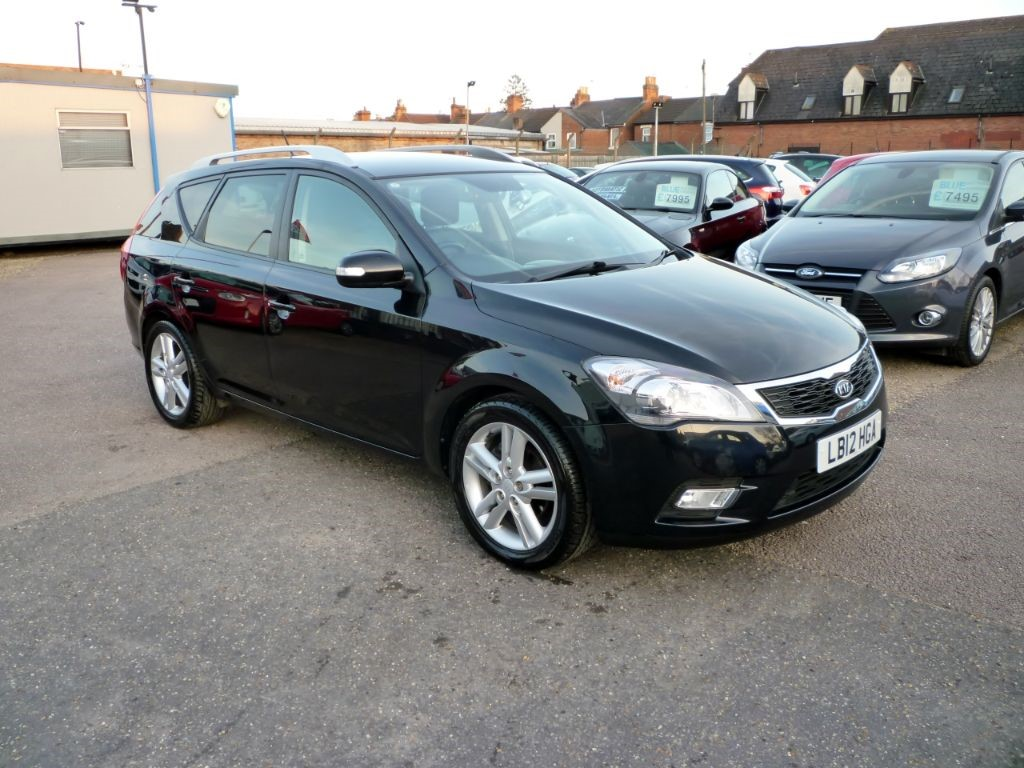 used Kia Ceed CRDI 4 SW Estate Automatic in in-colchester-and-essex