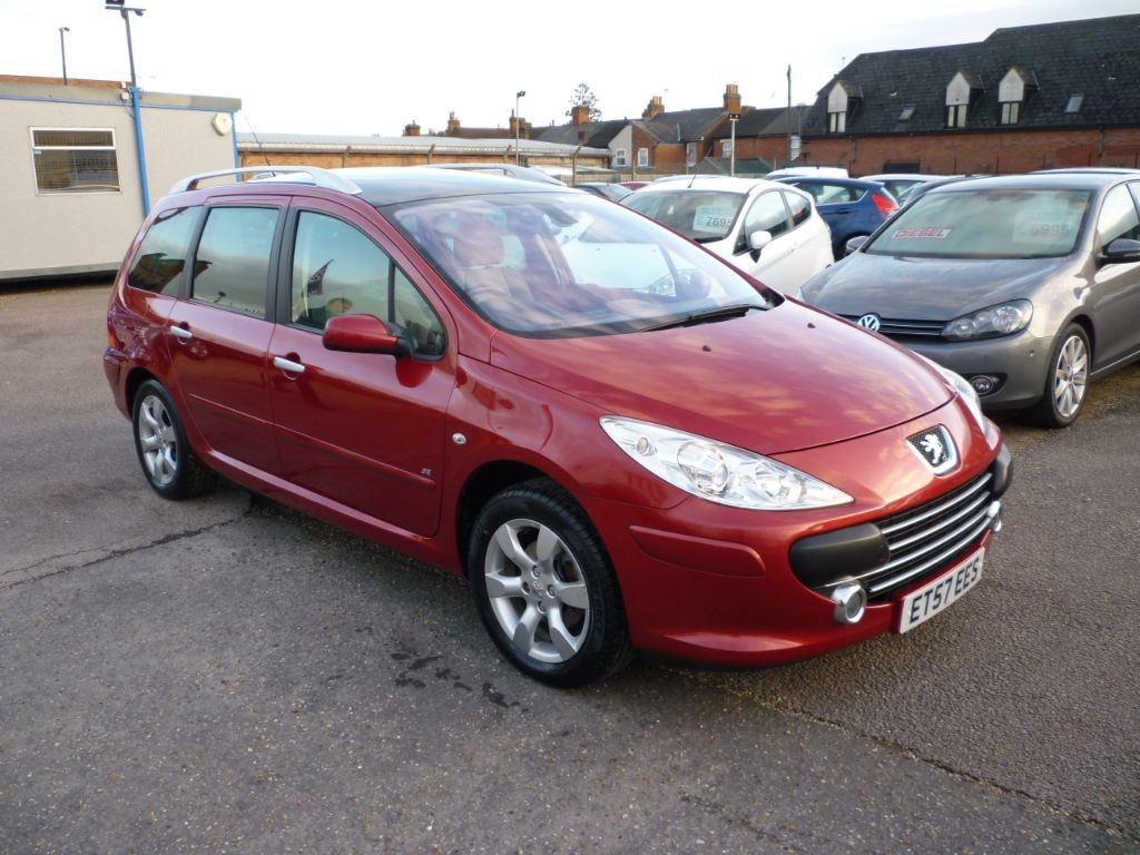 used Peugeot 307 SW 1.6 SE HDI Estate in in-colchester-and-essex