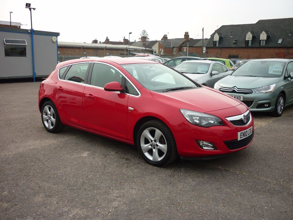 used Vauxhall Astra 1.4 SRI 5Dr Alloys in in-colchester