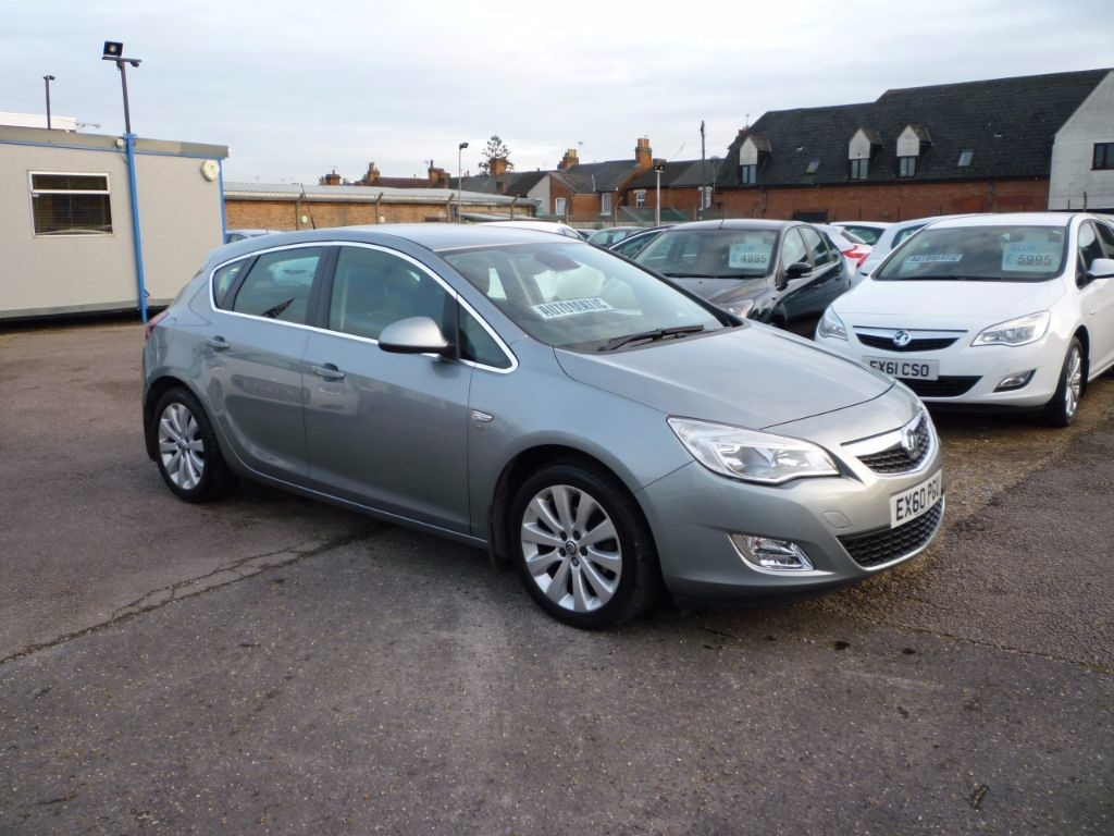 used Vauxhall Astra 1.6 SE Automatic in in-colchester-and-essex