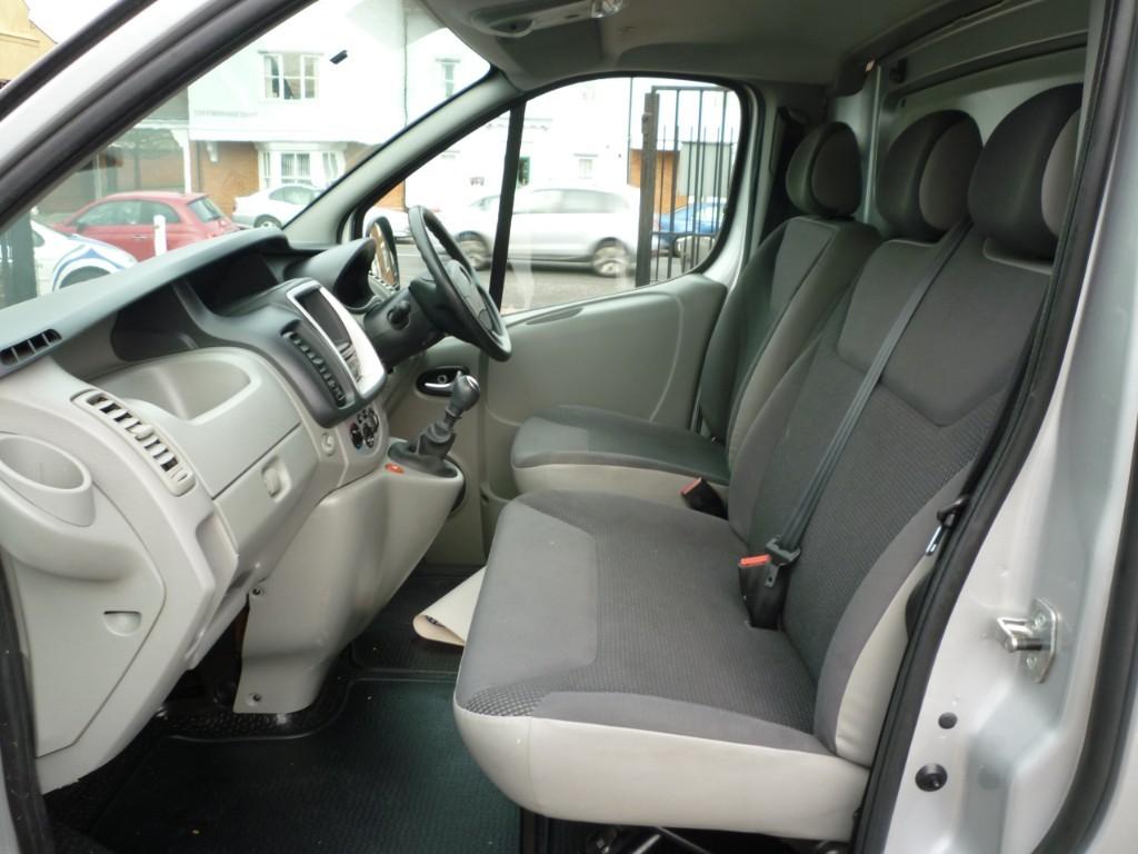 3aaeaf7f146bdc Vauxhall Vivaro