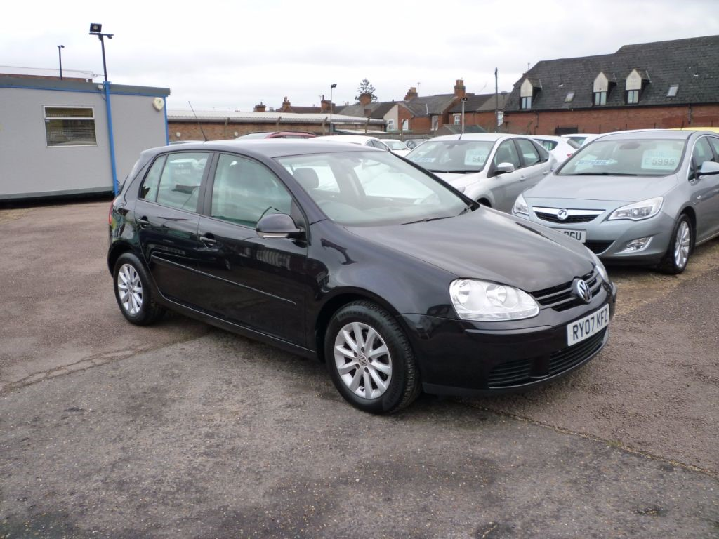 used VW Golf 1.6 Match FSI 5Dr Alloys in in-colchester-and-essex
